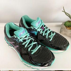 ASICS Women's GT 2000 V3 Running Shoes 8.5